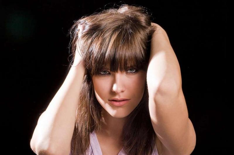 皮肤粗糙可以化妆吗怎样改善皮肤粗糙